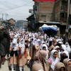 Four girls, two photojournalists among 14 injured in Shopian