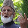 Reciprocate over demilitarization offer of Pak: Geelani to India